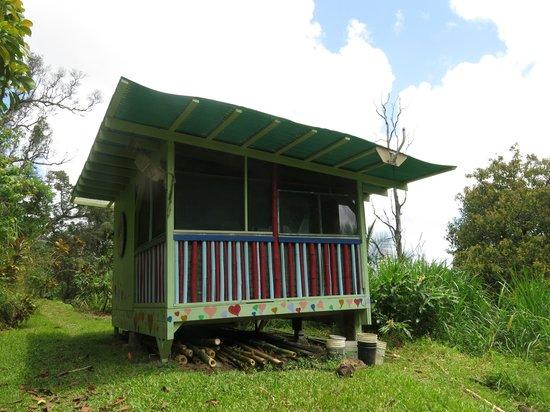 Hedonisia Hawaii Eco-Community Vacation Rentals: Kahuna Cabin