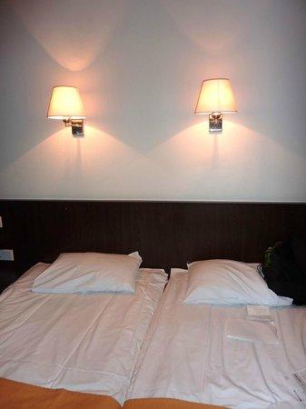 Park Inn by Radisson Meriton Conference & Spa Hotel Tallinn: 客室ベッド