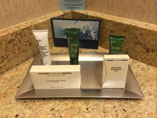 Hilton Lisle / Naperville: Toiletries