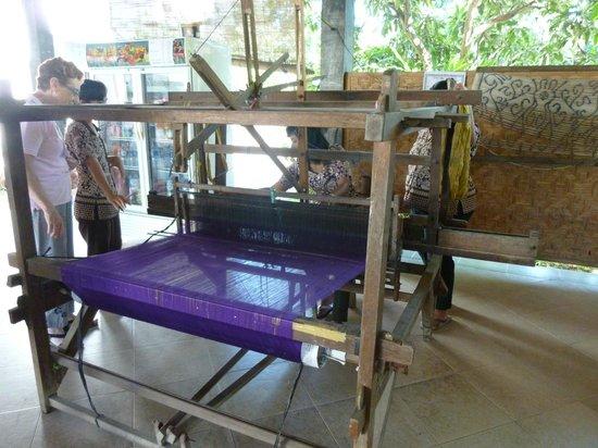 Nogo - Bali Ikat Centre: Batik1