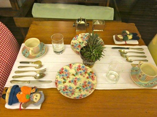 Kkala Boutique Hotel: the breakfast setting