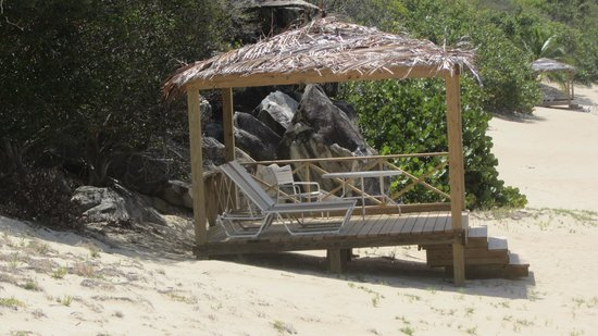 Peter Island Resort and Spa : hut at White Bay