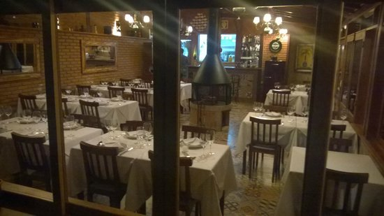 Um Lugar De Mato Verde: Restaurante Agui Neri