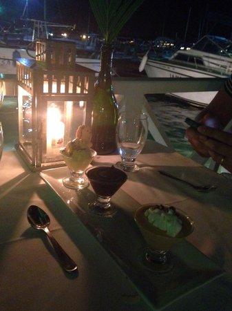 Mister Panino: Sobremesa após jantar no deck. Trilogia.