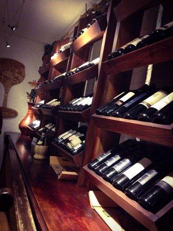 Mister Panino: Ambiente muito agradável e boa seleção de vinhos.