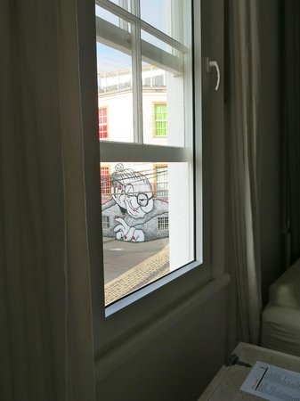 Casa Galos Hotel & Lofts: view of one of my favorite murals just out my window