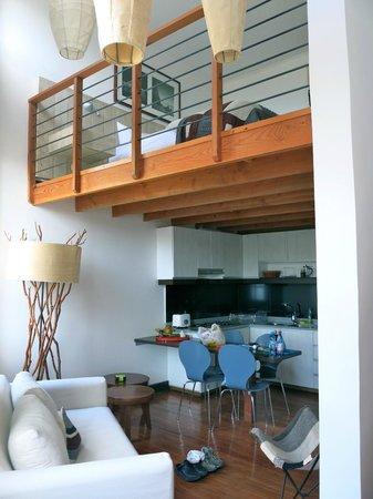 Casa Galos Hotel & Lofts : the kitchen and loft area