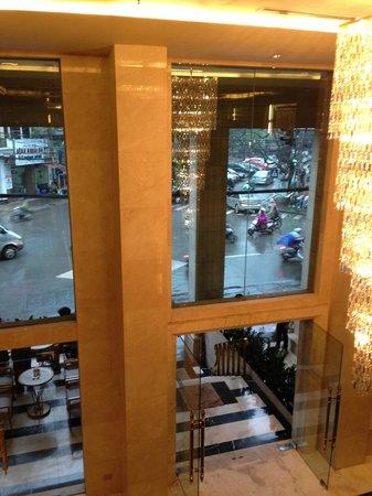 Silk Path Hotel: Entrance