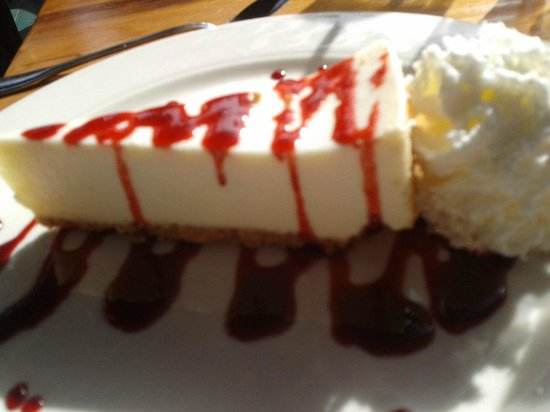 Big Sur River Inn Restaurant : Delicious cheesecake