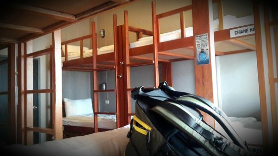 Pak-Up Hostel : Thai