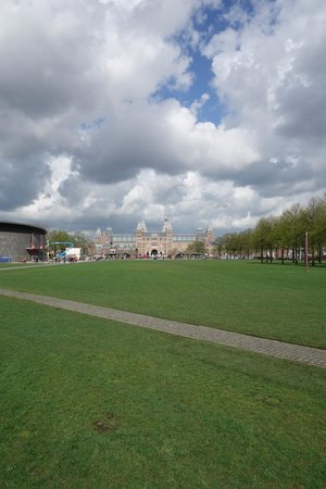 Museum Quarter : Museumplein - View against Rijksmuseum