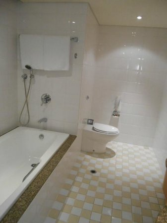 Rendezvous Hotel Auckland: bathroom
