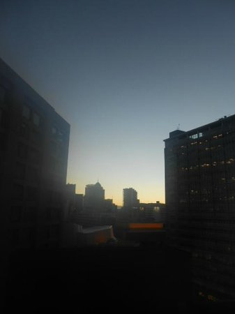 Grand Millennium Auckland: view dawn