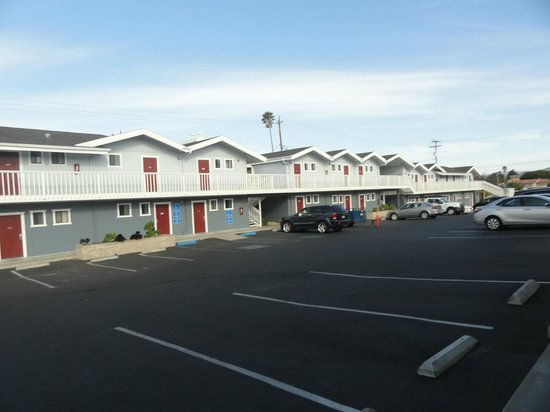 Harbor House Inn: Parking place