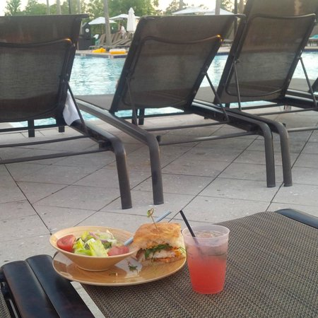 "Waldorf Astoria Orlando : ""Catch of the day"" sandwich"