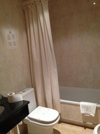 Hotel Pradillo Conil: Baño