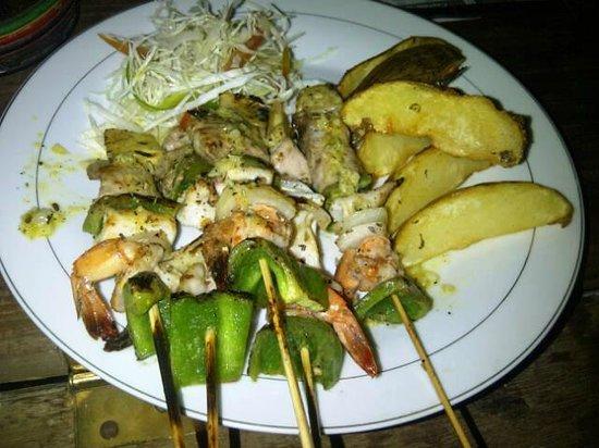 Kuta Bay Café : Seafood Skewer