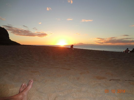 Hawaiian Princess Resort: We loved the sunsets from the condo and from the beach below
