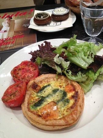 Paul : Salmon quiche