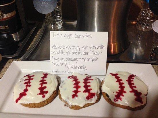 Hilton San Diego Gaslamp Quarter: Sweet treat for baseball fans