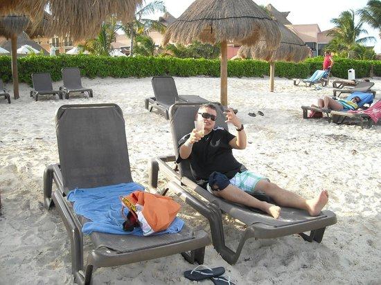Ocean Coral & Turquesa: at the beach