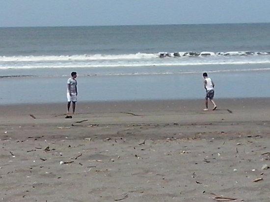 Somar Surf Camp & Lodge: playas virgenes