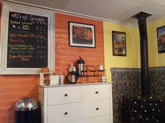 Caffe' Blossom: Condiment Center and Menu