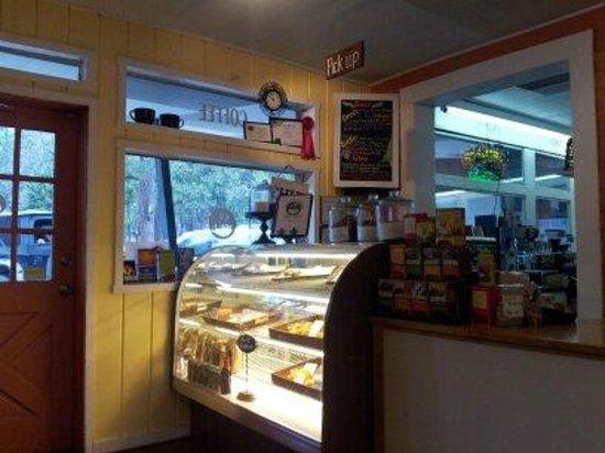 Caffe' Blossom: Snack Case