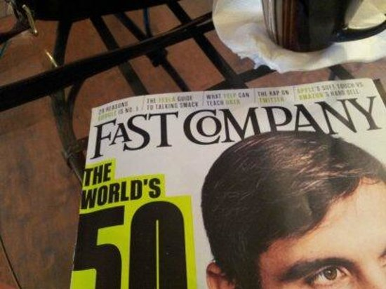 Caffe' Blossom: Nice Reading Section