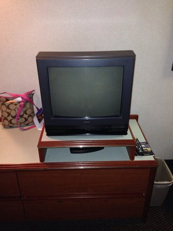 Shilo Inn Suites - Salem: State of the art TV!