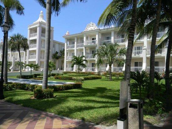 Hotel Riu Palace Riviera Maya: Room #107 Bottom Far Left