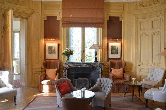 Domaine de la Tortiniere : Lounge/Parlor