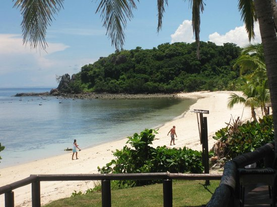 Mana Island Resort : North Beach