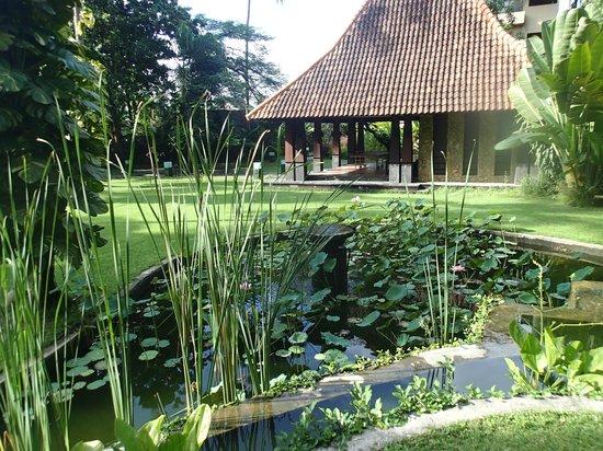 Rama Candidasa Resort & Spa: Yoga Area