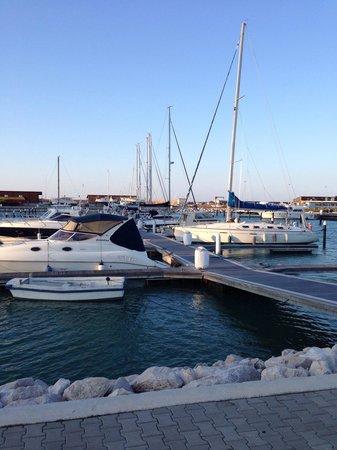 Hotel Santa Lucia: Se avete una barca...vi aspettiamo