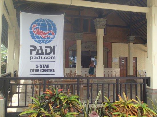 Rama Candidasa Resort & Spa: PADI Next door