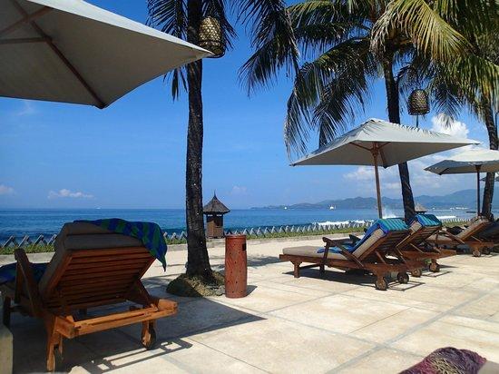 Rama Candidasa Resort & Spa: Beach Pool Area