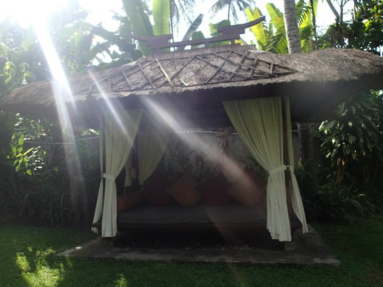 Rama Candidasa Resort & Spa : Great place for a nap