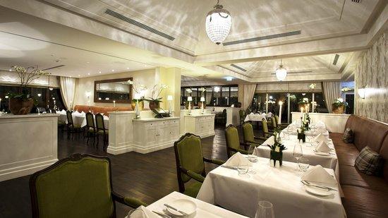 restaurant esstisch - picture of kempinski hotel frankfurt, Esstisch ideennn