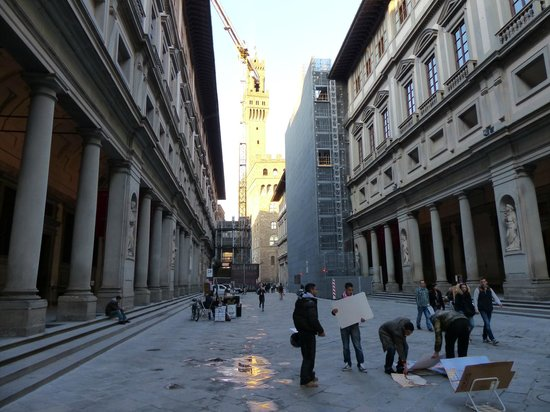 Galería de los Uffizi: Las dos alas y el Palazzo Vecchio