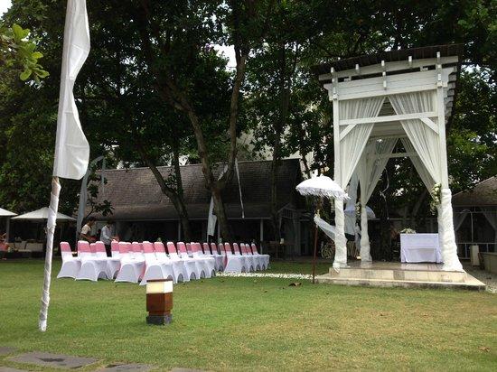 Bali Garden Beach Resort : Wedding!