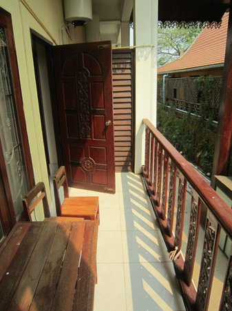 Maylay Guesthouse: Our Balcony
