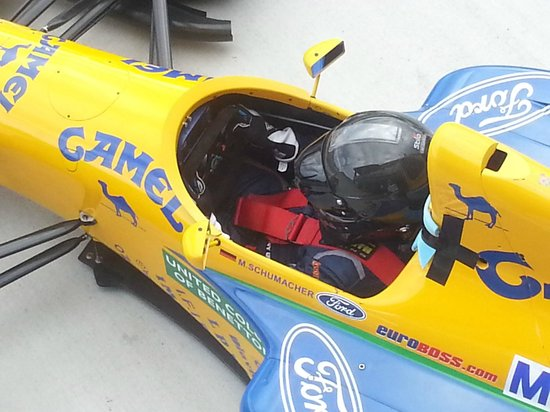 Highlands Motorsport Park: Tony Quinn (owner) in his F1 (formerly owned by M Schumacher)