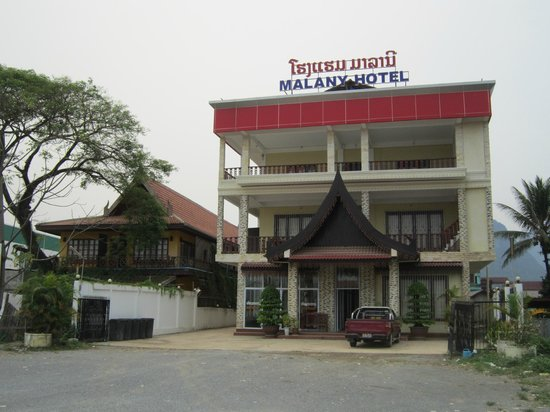 Maylay Guesthouse: Rear View Of Hotel