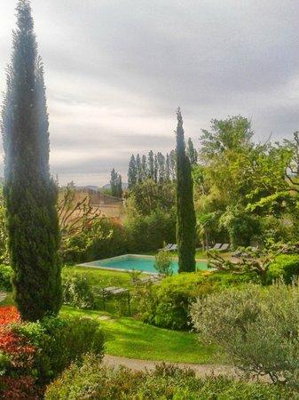 Chateau de Mazan : The beautiful garden