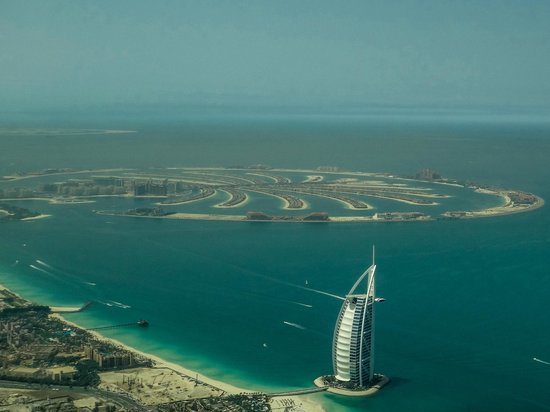 Seawings Seaplane Tours: Burj al Arab and Palm Jumeirah from seaplane.  Compare to Google.