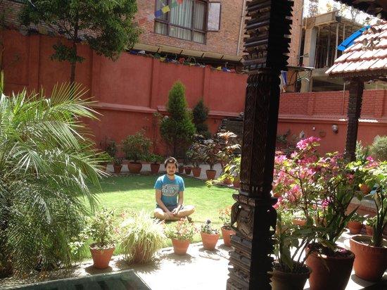 Hotel Horizon: Namaste!