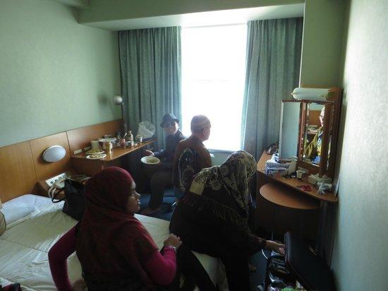 Shinagawa Prince Hotel Tokyo : Mom and dad's room