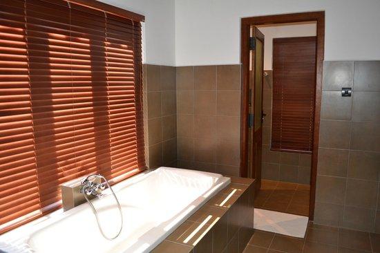 Forest Rock Garden Resort : room