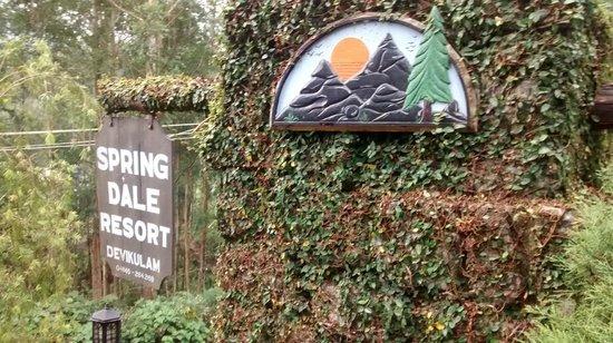 Spring Dale Resort: Entrance